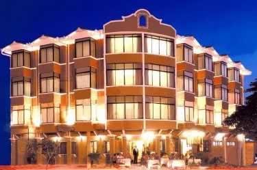 Puerta de Hierro Hotel, Santa Cruz