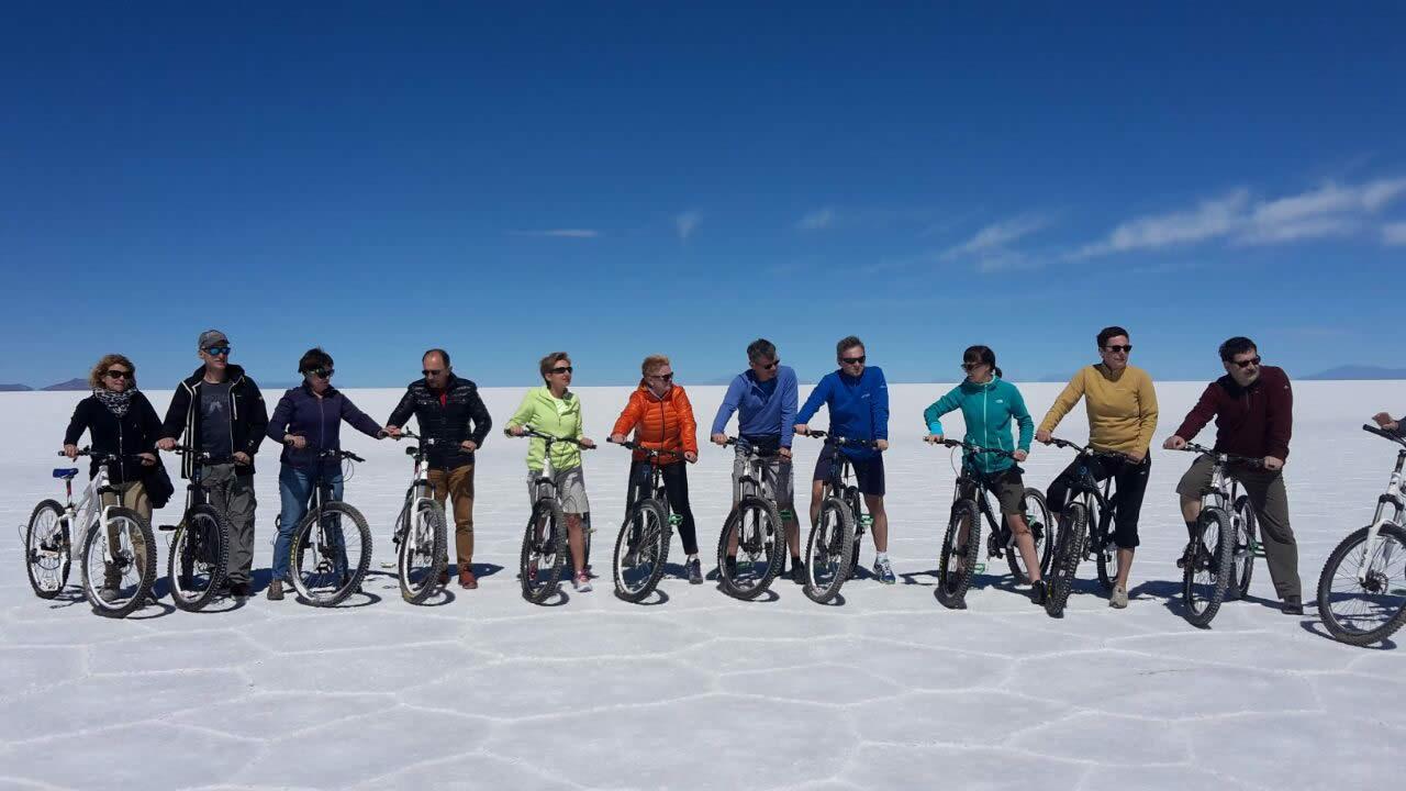 Salar de Uyuni - Paseo en Bicicleta - Atardecer y Estrellas, TOUR PRIVADO FULL DAY /EPOCA SECA