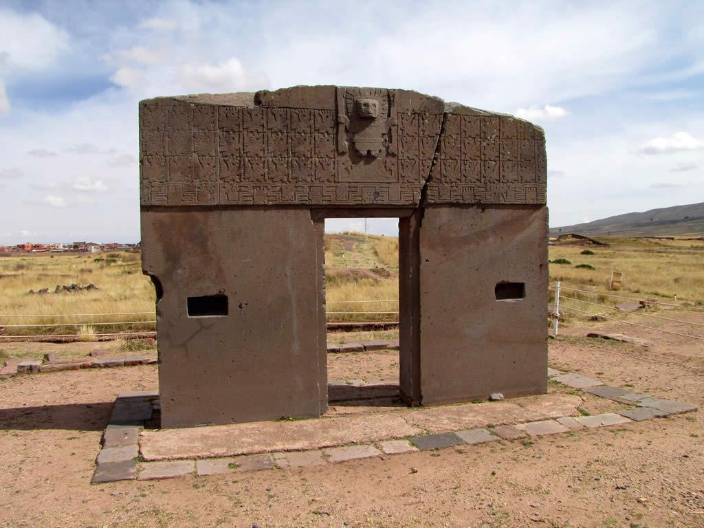Tiwanaku Puerta del Sol Puerta del Sol